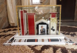 I will  Design a Congratulatory 5D Structural Glass Photo Card for You