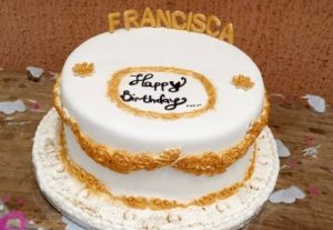 I will make you a beautiful birthday cake as low as  5000 NGN